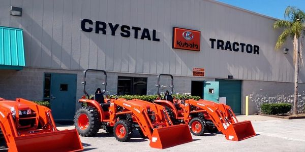 Image of the Crystal Tractor store in Leesburg Florida