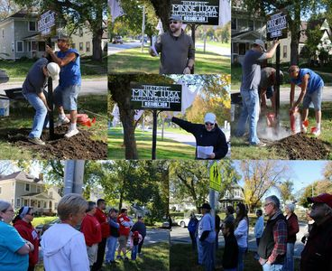Dedicating the signs for Omaha's Minne Lusa Historic District