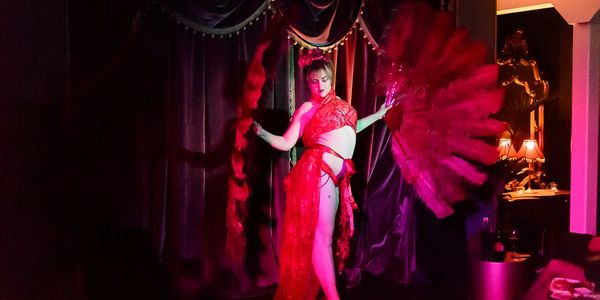 speakeasy hq melbourne burlesque cabaret jazz live music performing arts the vault hidden bar