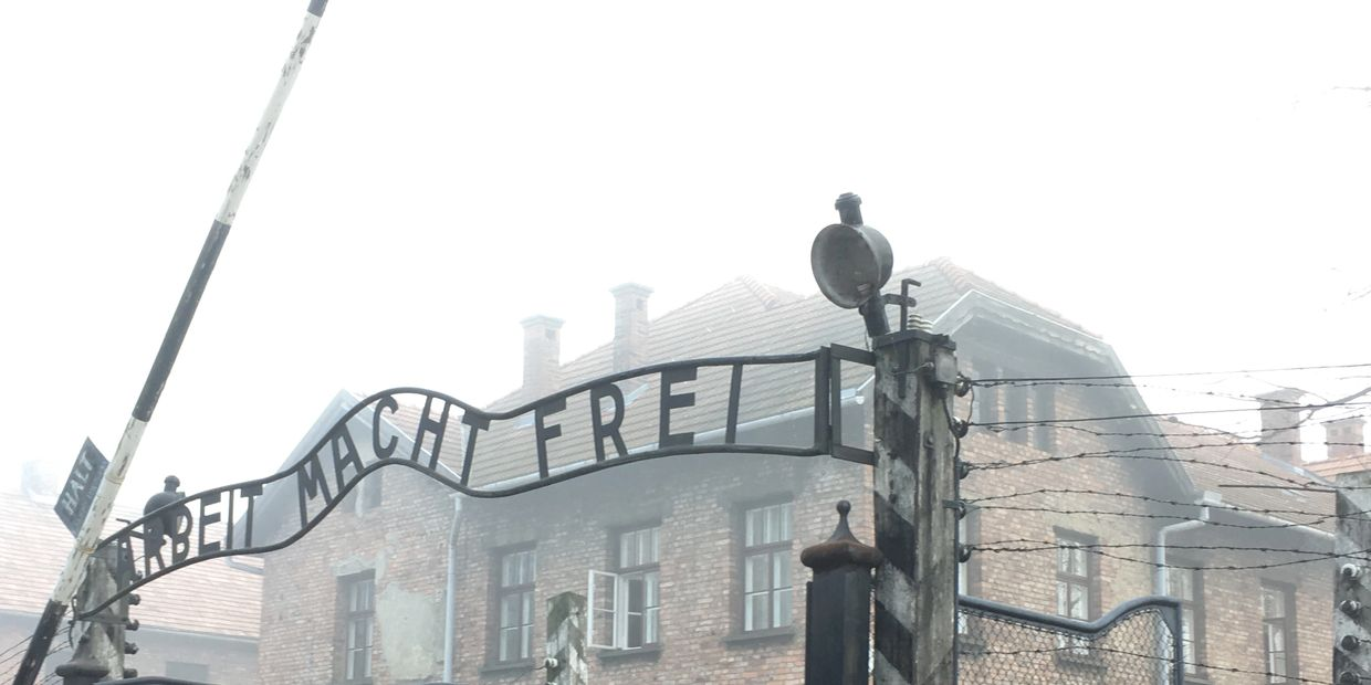 Auschwitz holocaust world war 2 ww2 history tour
