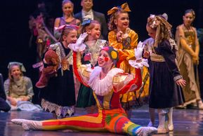 "American Midwest Ballet's ""The Nutcracker"" Party Scene"