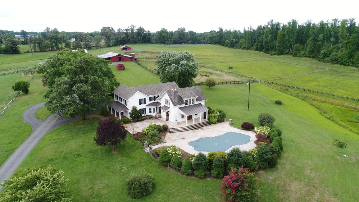Aerial photos & video of real estate, roof inspections, aerial inspection,