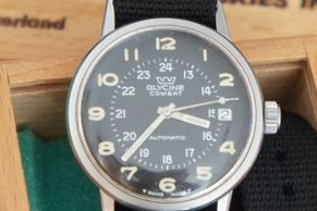 Vintage Glycine Combat watch military style