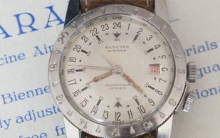Rare vintage Glycine Airman white dial hacking seconds pilots watch