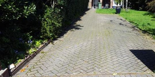 Driveway cleaning and sealing in dorset including poole bournemouth and dorchester