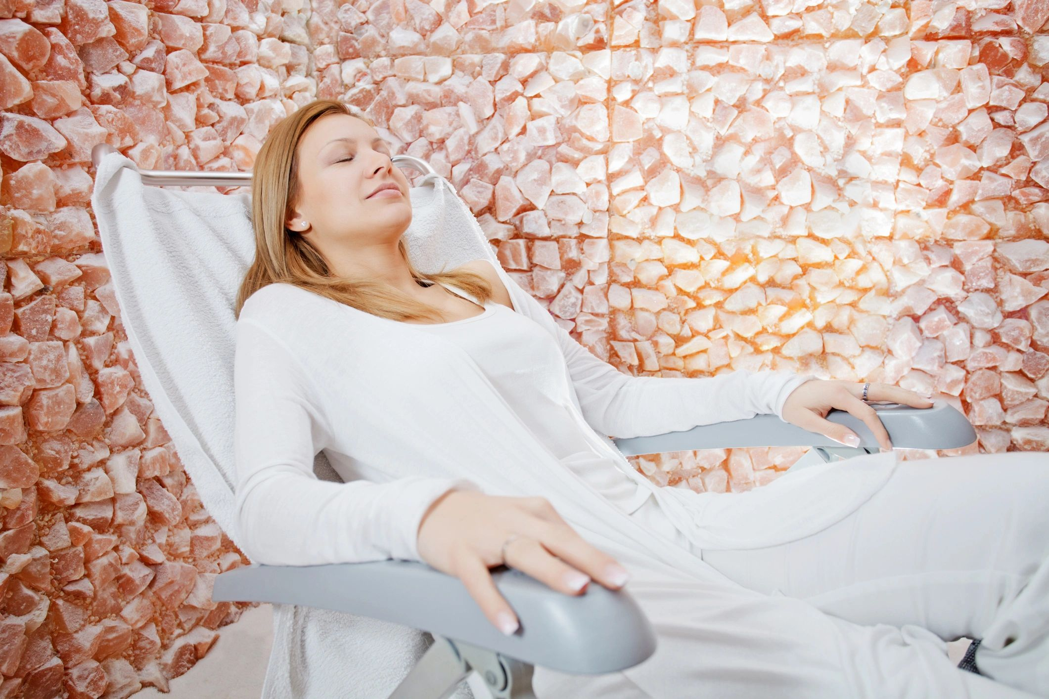 salt therapy, salt room, salt cave, halotherapy, dry salt therapy, coastal salt, asthma, allergies