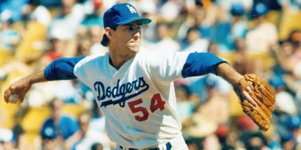 los angeles dodgers pitcher tim leary at santa monica baseball academy