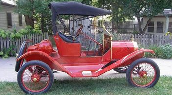 Mike Lebsack's 1911 Open Runabout