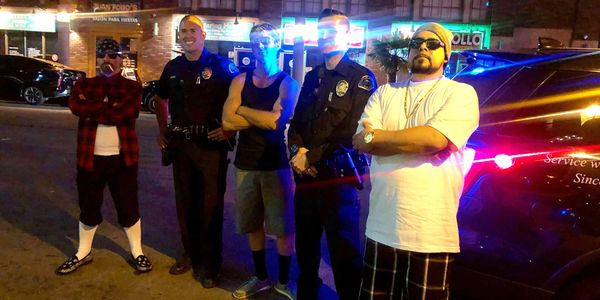 Cholo Peppers on the street with the police