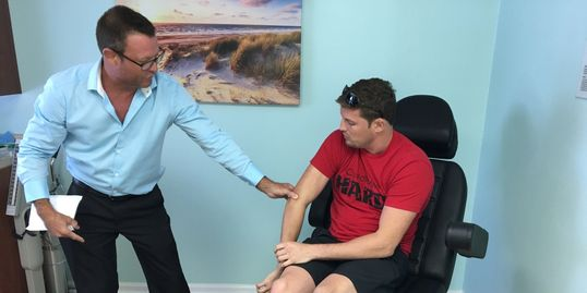 novagenix.org PRP therapy treating UFC fighter and pro MMA star Chas Skelly in Jupiter Florida