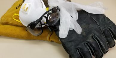Safety equipment: Gloves, eye protection and mask
