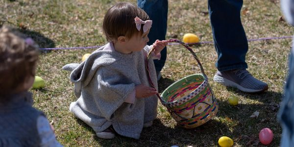 Glastonbury Newcomers' & Neighbor's Club volunteers host a free community Easter Egg Hunt created to give back to the families of Glastonbury.