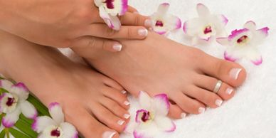 MANI PEDI SHELLAC GEL NAILS IN YORKVILLE PETALS YORKVILLE BEAUTY BROW AND LASH BAR