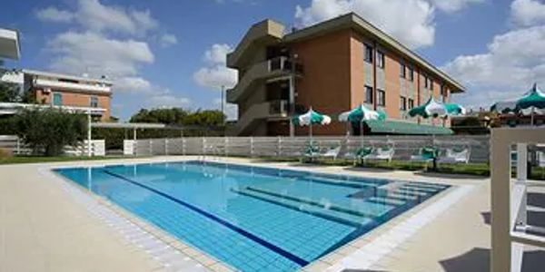 Eat, Pray, Write recommendation for hotel in Fiumicino, near the Rome Airport