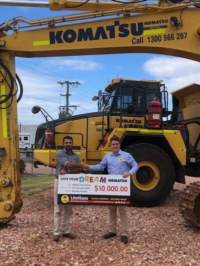 Komatsu Australia supports LiteHaus International