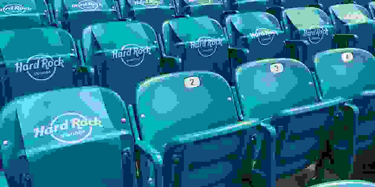 Stadium Seatbelts - Secure Stadium Seatbelts - Arena Seatbelts - Arena Seat Belts