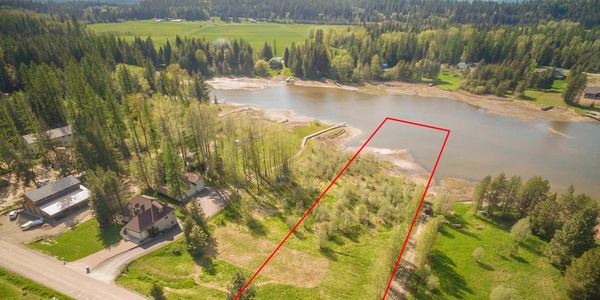 Waterfront building lot. Utilities are underground.Bike or Boat to Sandpoint , ready to build on!