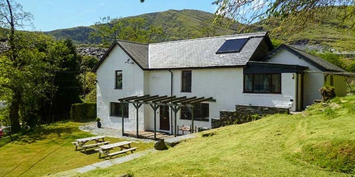 A spacious, detached property, in the heart of Snowdonia National Park.