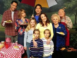 Thanks to Wonderwall.com for this Family Photo of the Barone Family from Everyone Loves Raymond.