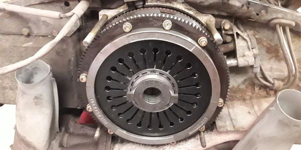 Porsche 911 G50 gearbox clutch replacement