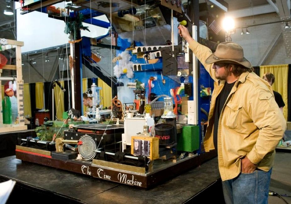 2011 Guinness  World Record Rube Goldberg Machine