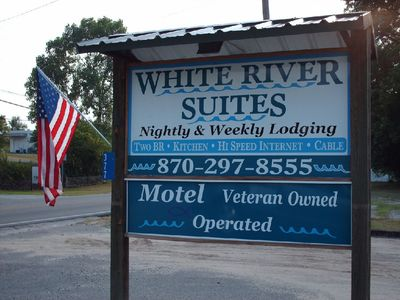White River Suites