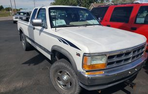 1995 Dodge Dakota Rapid City Auto Inc. www.rapidcityauto.com used cars imder $3,000