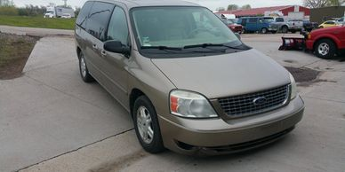2004 Ford Freestar SEL  Used cars pre-owned under $5000 Rapid City Auto Rapidcityauto.com