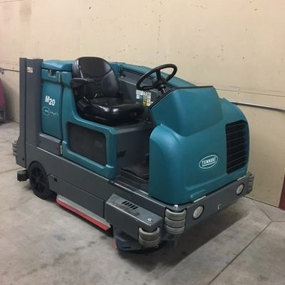 Pre-owned Tennant M20 sweeper/scrubber
