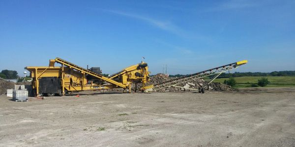 Demolition projects rock concrete asphalt crushing screening hauling delivery gravel pea rock sand topsoil