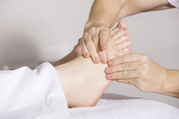 pain management,physiotherapy,massotherapy,holistic doctor,amsterdam massage,back doctor