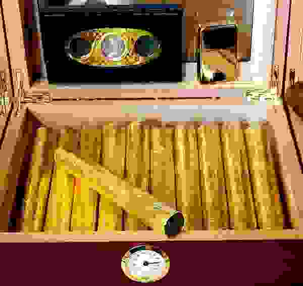 Millionaire Wedding experience is the worlds most opulent, exclusive service. Gold Luxury Cigars.
