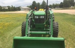 2013 JOHN DEERE 5065E For Sale In Andale, Kansas 67001