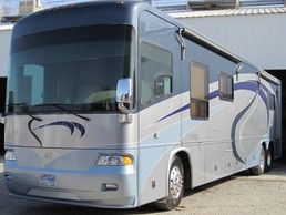 2005 Country Coach Allure 470 Siskiyou Summit For Sale