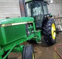 1989 JOHN DEERE 4555 For Sale