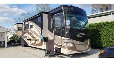 2011 Fleetwood DISCOVERY 40X Class A For Sale In Lakeland, FL 33810