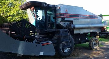 1994 GLEANER R42 For Sale In Ripley, TN 38063