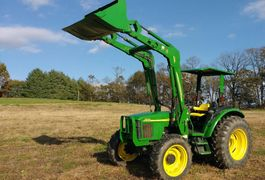 2003 JOHN DEERE 5520 For Sale In Lovettsville, Virginia 20180