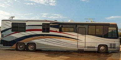 2000 Newell Coach 45 Class A For Sale In Imperial, MO 63052