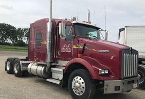 2001 Kenworth T800 For Sale in Brandon, Wisconsin 53919