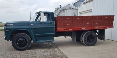 1968 Ford F-600 For Sale in Center Point, Iowa 52213