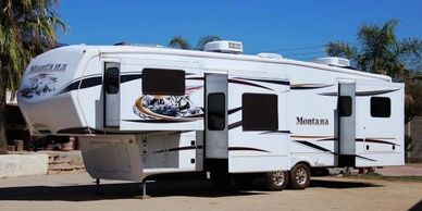 2012 Keystone Montana 3750 FL For Sale in Glendale Arizona, 85307