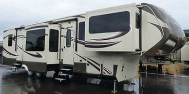 2015 Grand Design Solitude 379FLS for sale in Garson, Ontario P3L1K8