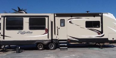 2017 Grand Design REFLECTION 315RLTS For Sale In Phelan CA 90621