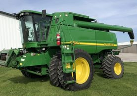 2005 JOHN DEERE 9760 STS For Sale In Wolcott, Indiana 47995