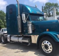 2000 FREIGHTLINER FLD120 CLASSIC XL For Sale In Pickerington, Ohio 43147