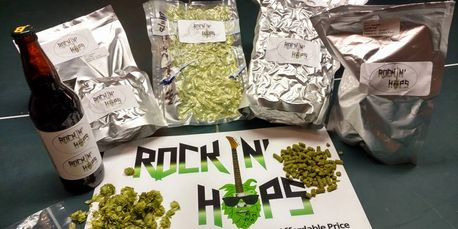 Rockin' Hops Pellets are Vacuumed Sealed in Mylar Foil Zip Strip Bags and back filled with Nitrogen.