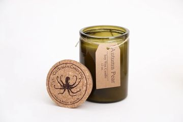 Autumn Pear Soy Candle Natural Wick Fresh pear notes are dipped in nuances of caramel