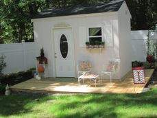 Bargain Garden Cottage Design