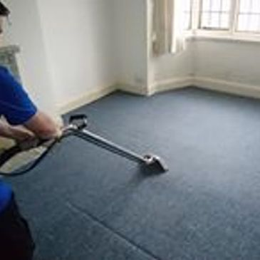 Deep carpet cleaning service in Oxted. Keeping your carpetbright uk